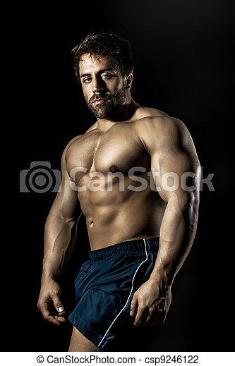 bodybuilding, mann - csp9246122