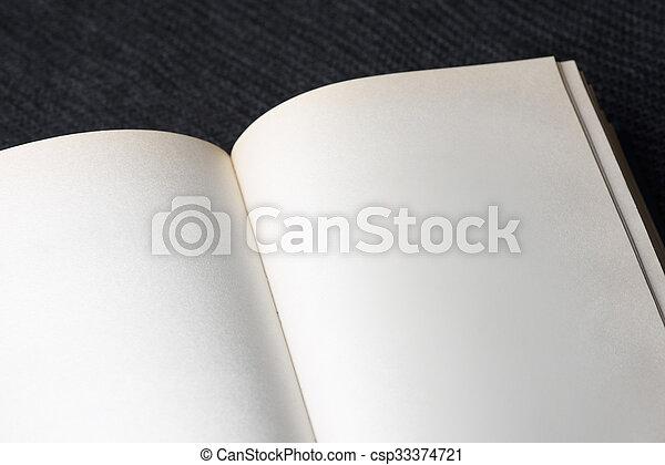 boek, pagina's, leeg - csp33374721