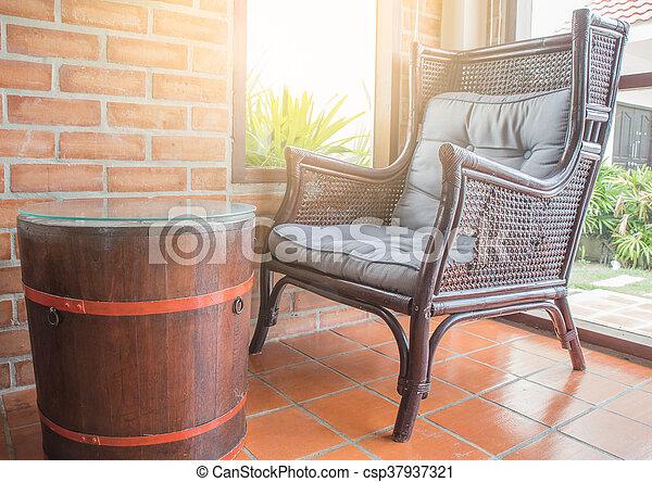 bohnenkaffee, altes , laden, stühle, dekoration, inneneinrichtung, café - csp37937321
