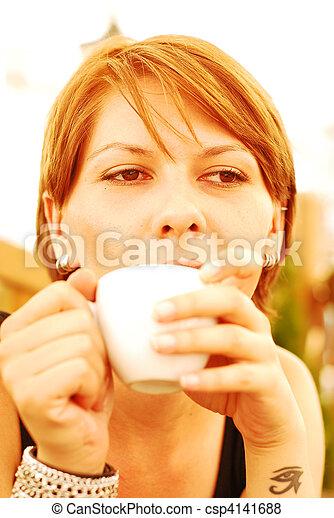 bohnenkaffee, m�dchen - csp4141688