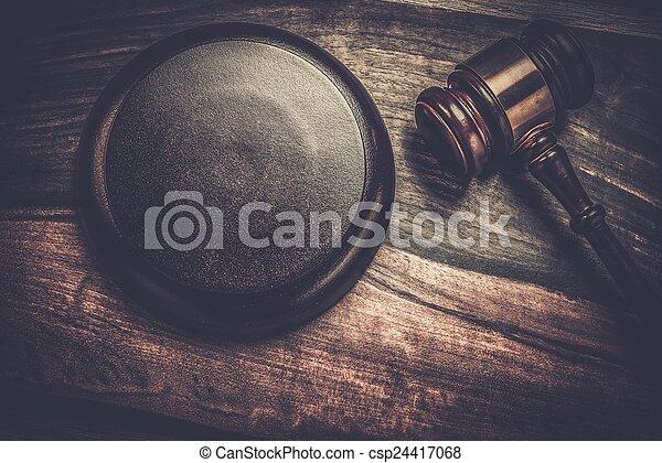 bois, juge, marteau, table - csp24417068