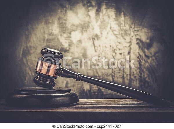 bois, juge, marteau, table - csp24417027