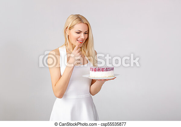 bolo, branca, mulher, vestido, segurando - csp55535877