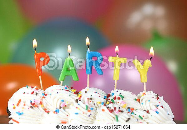 bolo, velas, balões, celebração - csp15271664