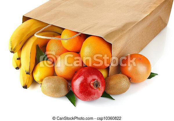 Bolsa de papel con fruta madura - csp10360822