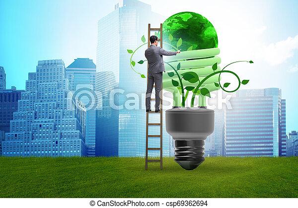 Concepto la eficiencia de energía con bombilla - csp69362694