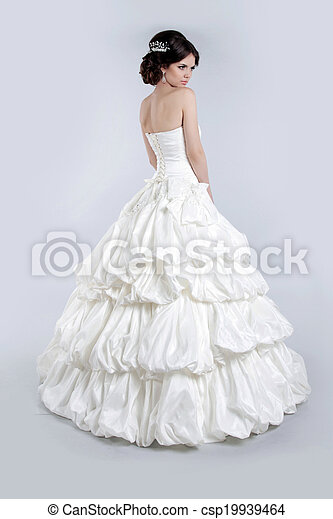 bonito, cinzento, dress., isolado, luxuoso, noiva, morena, posar, fundo, casório, menina, charming - csp19939464
