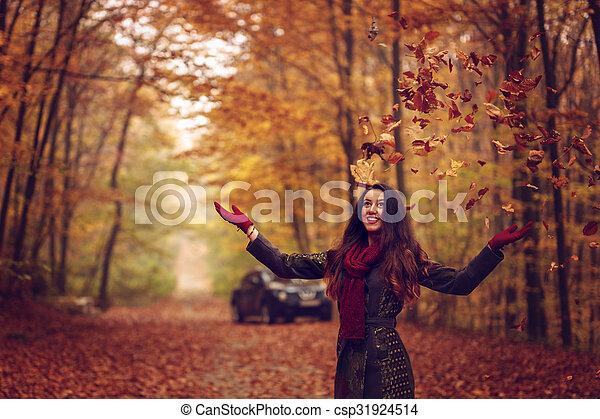bonito, conceito, jovem, outono, parque, mulher - csp31924514