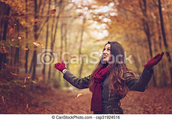 bonito, conceito, jovem, outono, parque, mulher - csp31924516