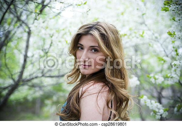 bonito, garden., mulher - csp28619801