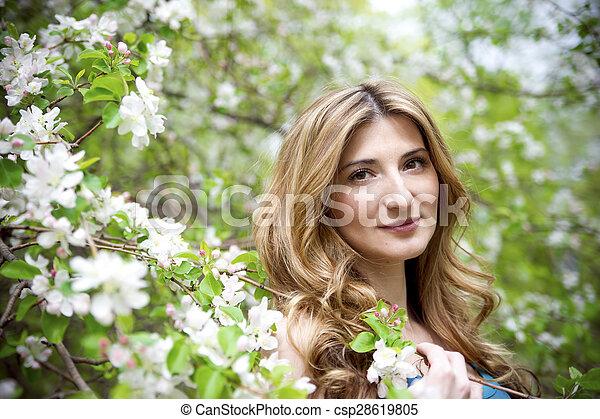 bonito, garden., mulher - csp28619805