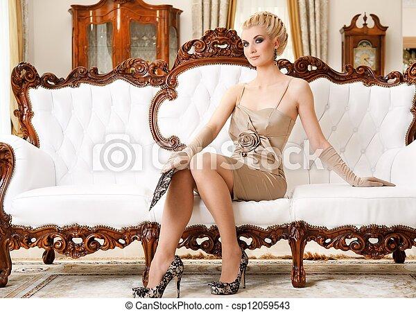 bonito, interior, mulher, luxo, loura - csp12059543