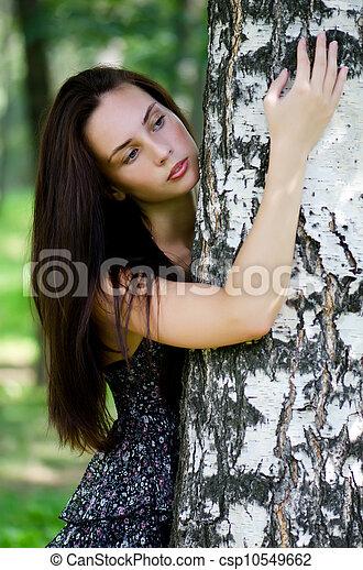 bonito, menina, árvore, plataformas - csp10549662