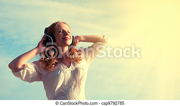 bonito, menina, fones, escutar música - csp9792785