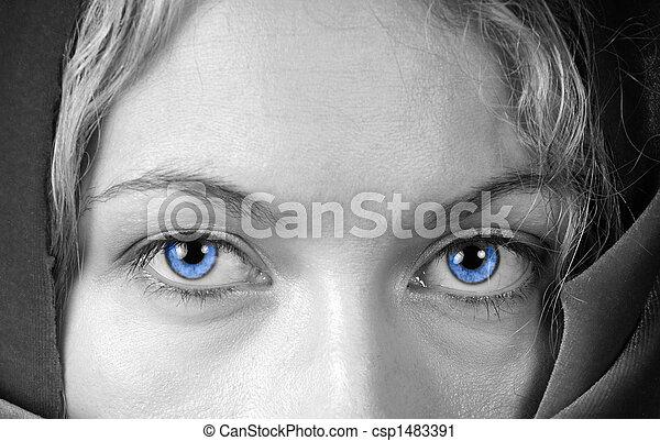bonito, olhos azuis - csp1483391