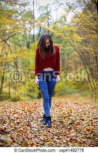 bonito, outono, mulher, parque - csp41482778