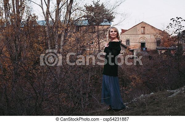 bonito, outono, mulher, parque, loura - csp54231887