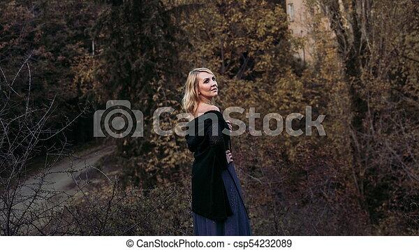 bonito, outono, mulher, parque, loura - csp54232089