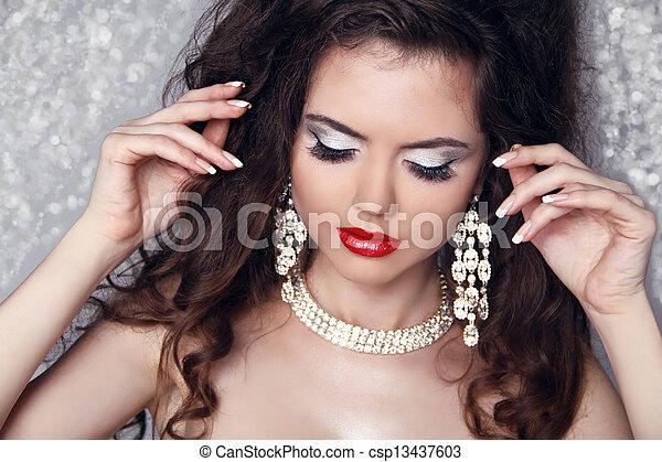 bonito, perfeitos, mulher, jóia, beauty., fazer, lights., cima, moda, retrato, partido, sobre - csp13437603