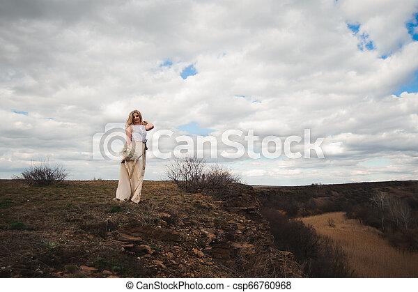 bonito, retrato, mulher, field., loura - csp66760968