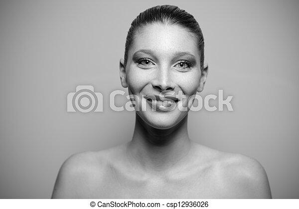 bonito, retrato, mulher, jovem - csp12936026