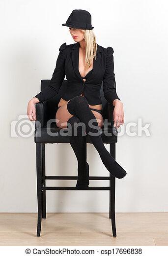 bonito, roupa interior, assento mulher, loura, cadeira - csp17696838