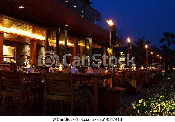 bordläggar, kväll, restaurang, utomhus- bordlägga, inställning - csp14347413