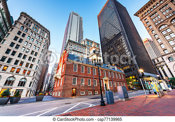 Boston, Massachusetts, USA Old State House and cityscape. - csp77139965