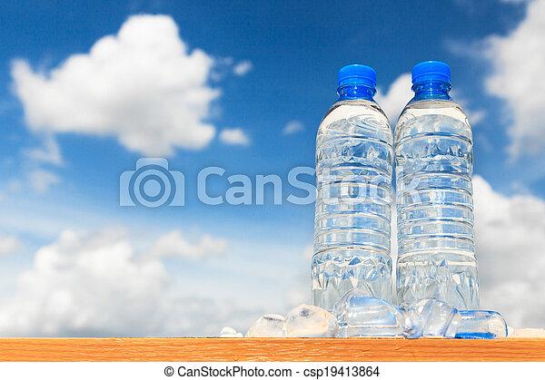 Botellas de agua - csp19413864