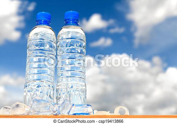 Botellas de agua - csp19413866