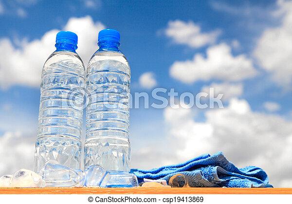 Botellas de agua - csp19413869