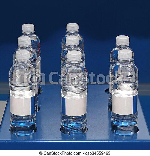 Botellas de agua - csp34559463