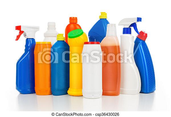Botellas de detergentes de plástico aisladas en fondo blanco. Equipo de limpieza. - csp36430026