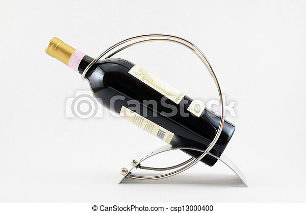 Bottle of red wine - csp13000400