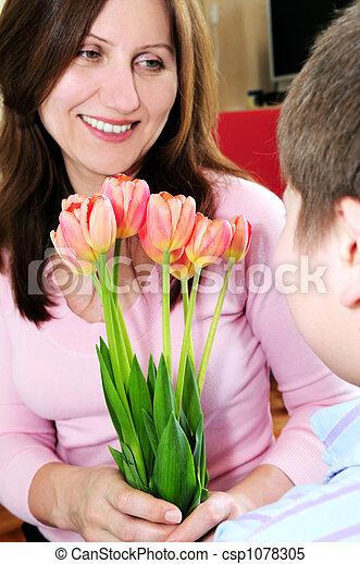 bouquet, fleurs, mère - csp1078305