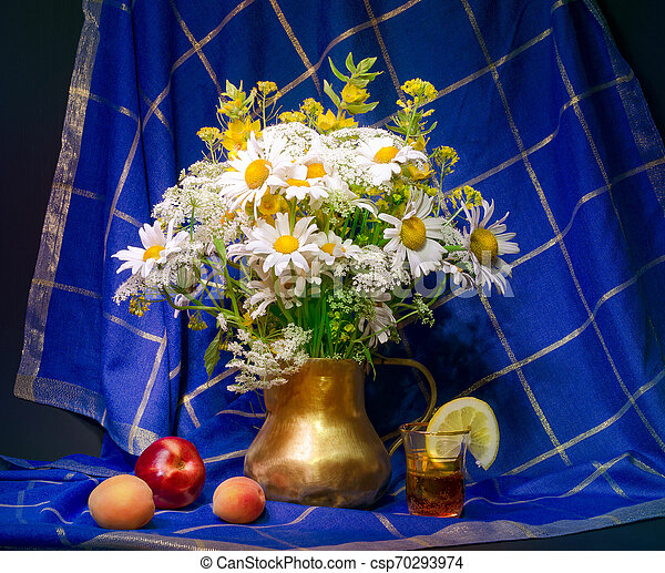 bouquet of flowers in a vase - csp70293974