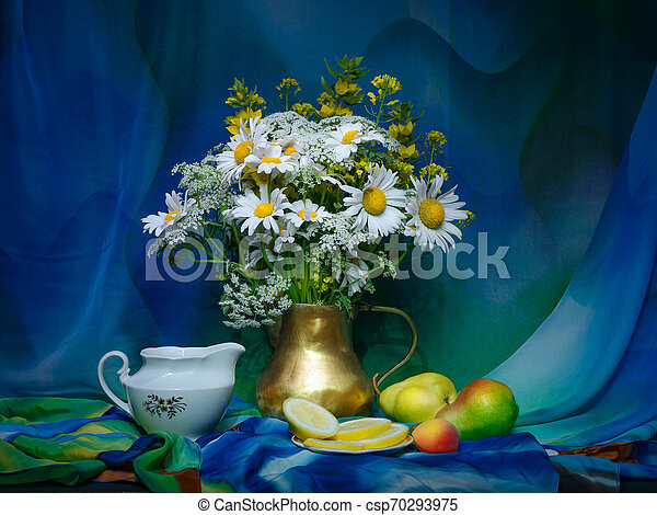 bouquet of flowers in a vase - csp70293975