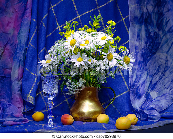 bouquet of flowers in a vase - csp70293976
