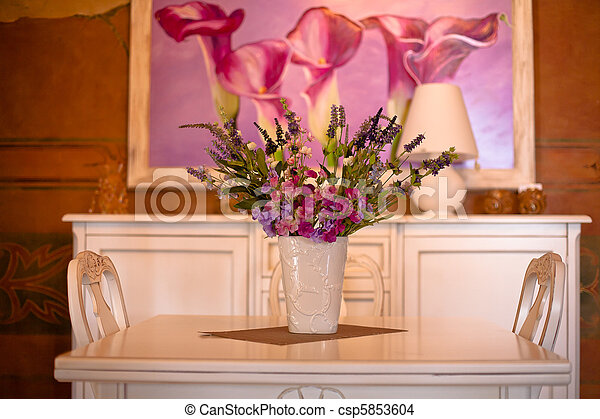 bouquet of flowers in a vase - csp5853604