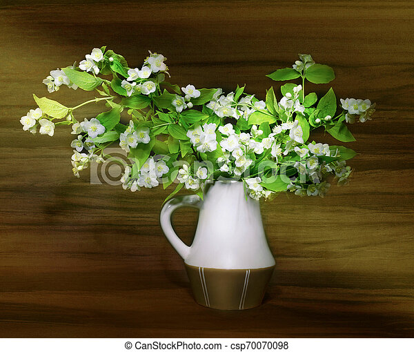 bouquet of flowers in a vase - csp70070098