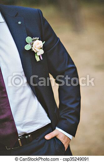 bellezza preordinare dove comprare boutonniere, sposo, freesia, completo, matrimonio bianco