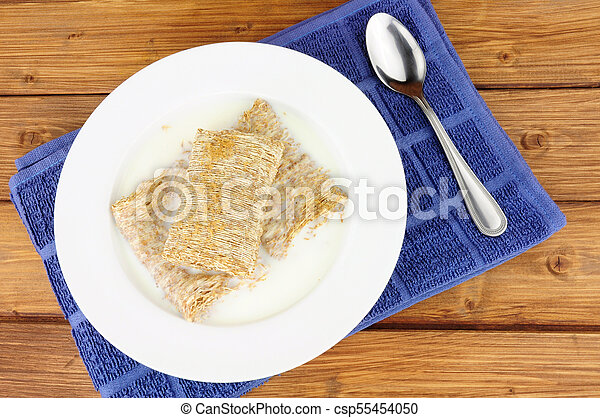 Bowl of Shredded Wheat Cereal - csp55454050