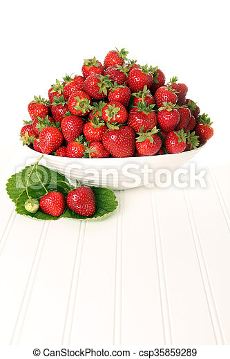 Bowl of strawberries - csp35859289