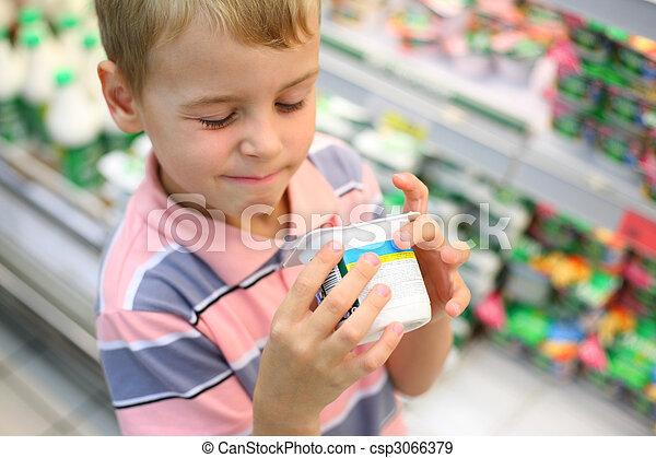 Boy in shop - csp3066379