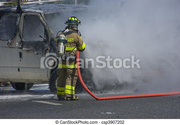 brûler, voiture - csp3907202