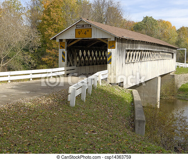 brücken, nordosten, season., counties., früh, herbst, bedeckt, ohio - csp14363759