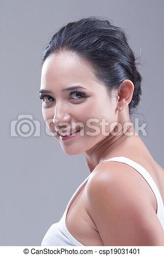 branca, mulher - csp19031401