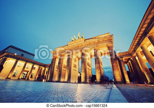 brandenburg, duitsland, poort, berlin - csp15661324