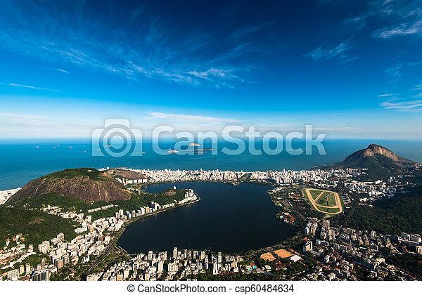 Laguna en Río de Janeiro, Brasil - csp60484634