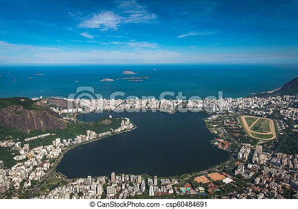 Laguna en Río de Janeiro, Brasil - csp60484691